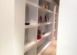 Roselier Agencement - Bibliothèques - Bibliothèque laque blanche - Design Studio Kompa