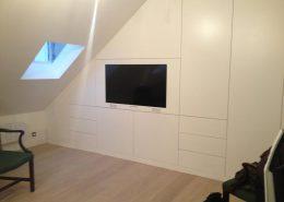 Roselier Agencement - Bibliothèques - Meuble TV finition laqué blanche - Design Galaktik