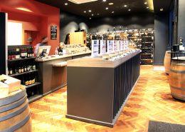 Roselier Agencement - Le Vin qui parle - Comptoir de vente avec joints creux