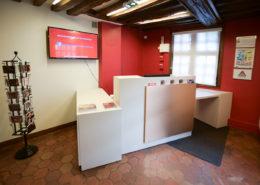 Roselier Agencement, Espaces Entreprises, Banque d'accueil du Musée d'Art et d'Histoire de Lisieux