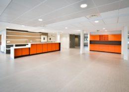 Roselier Agencement - Vue générale du restaurant - Lycée Paul Cornu - Design Atelier d'Orchampt / Seel Laugeois
